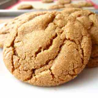 Chewy Ginger Snaps recipe with cinnamon, molasses, and of course ginger. These cookies are addicting and perfect for fall.