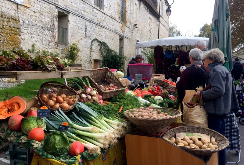 Ooh La La The Perfect French Farmers Market At Issigeac