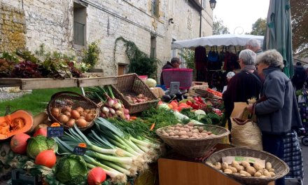 Ooh la la, the perfect French Farmers Market at Issigeac