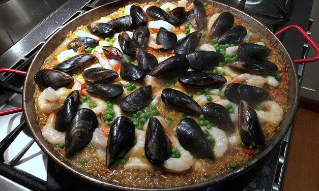 10 top tips for to make the perfect paella