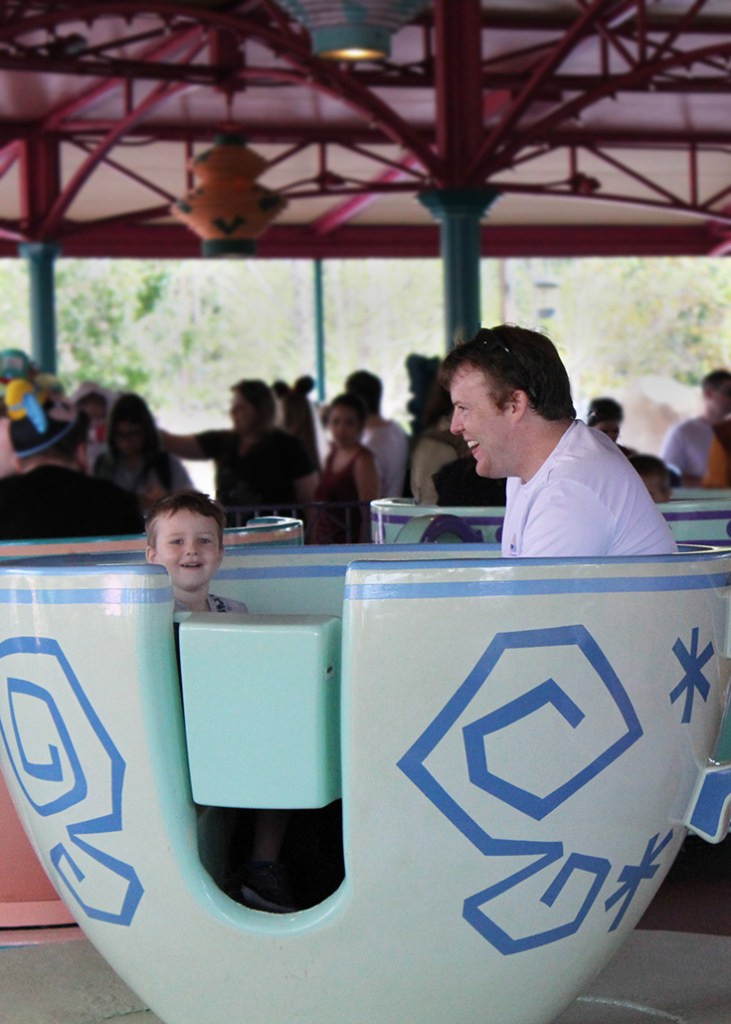 Tom and Robert in teacups