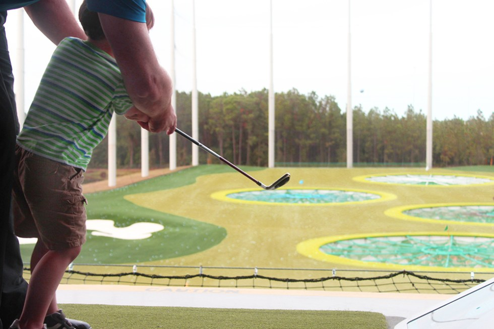 robert-golfing-at-top-golf-onlyinjax