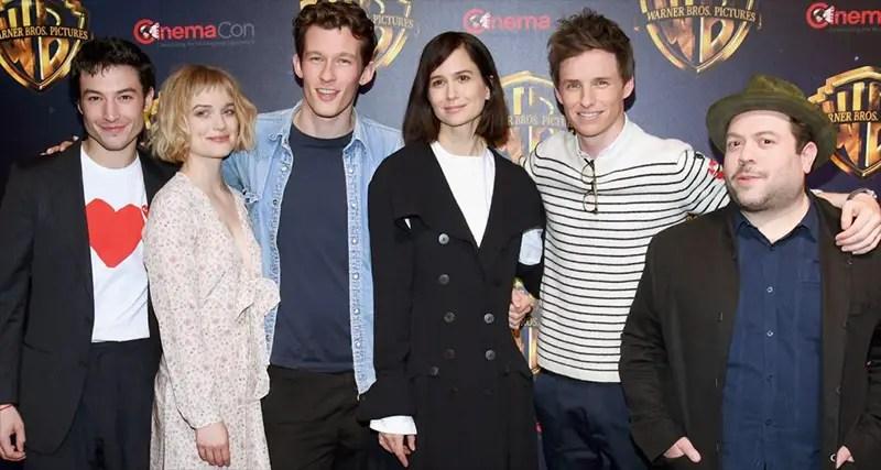 Cast Foto di gruppo