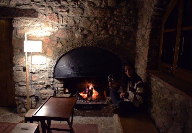 """Les Comelles, cenas """"suaves"""" al calor de la chimenea"""
