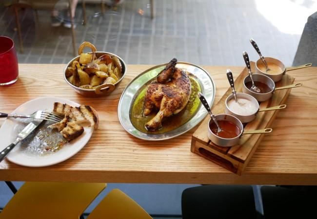 A Pluma, pollos gourmet by Eugeni de Diego (ex Bulli)