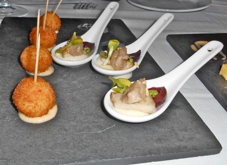 A fabulous taster of croquettes and duck