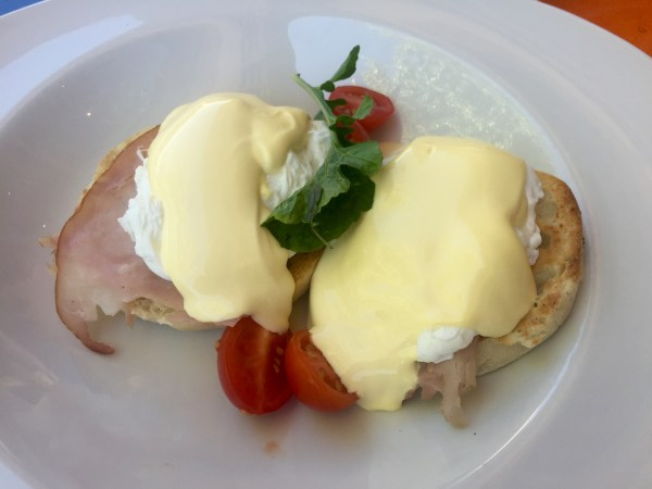 Eggs Benedict at Vergelegen