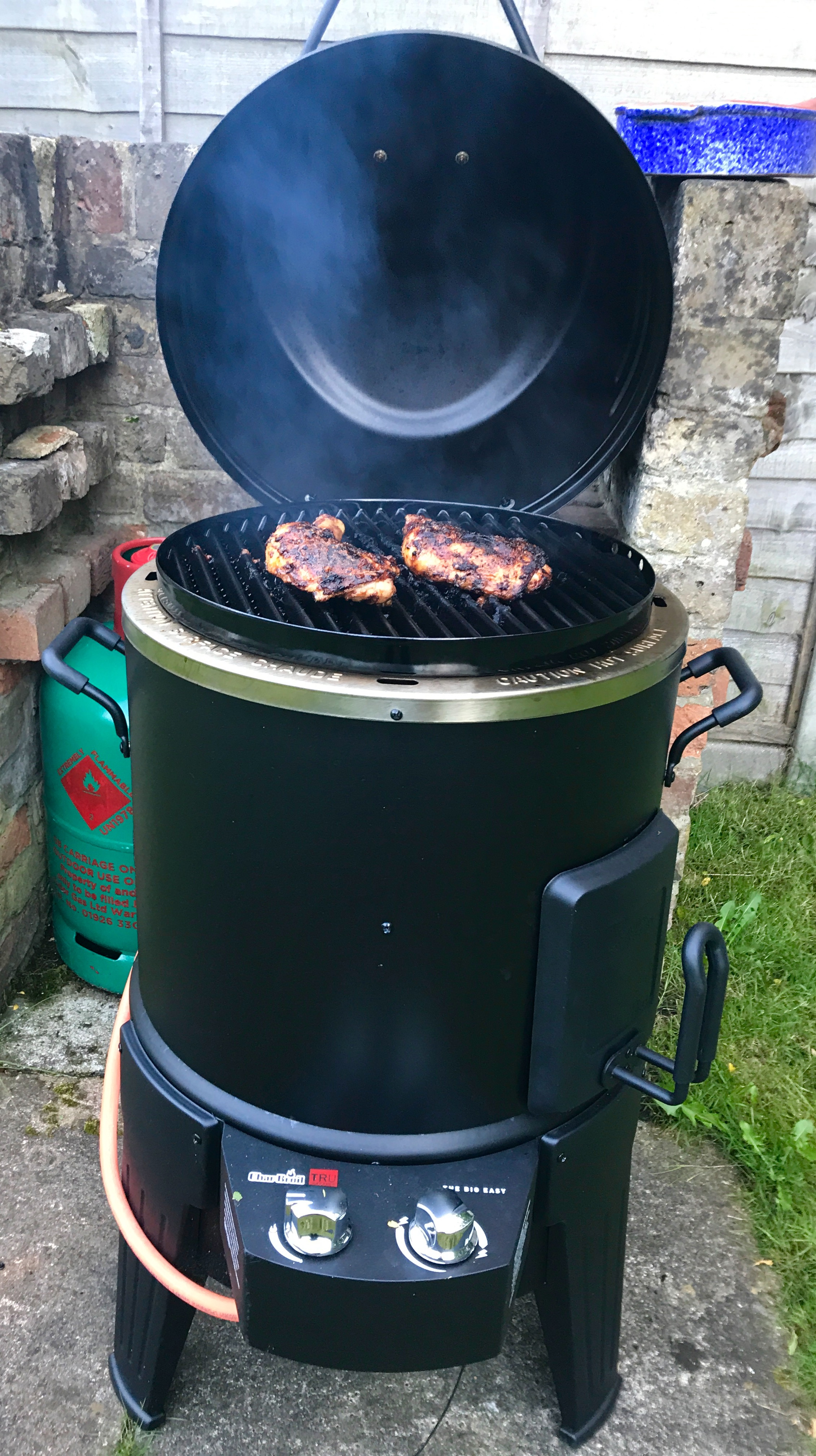 Competition Win A Char Broil Big Easy Barbecue Eating Covent Garden
