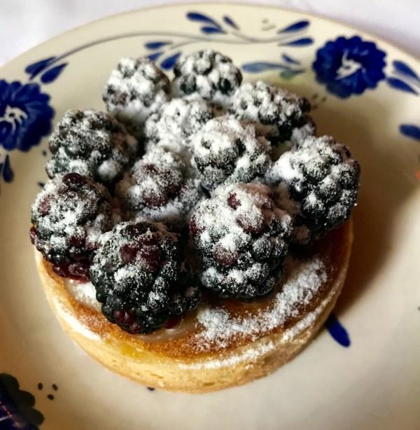 San Angel Inn: blackberry pie