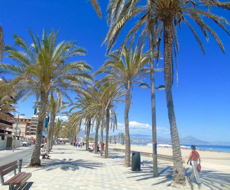 Alicante: San Juan promenade