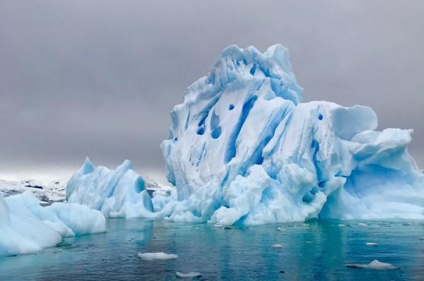 Antarctica: Icebergs
