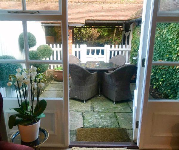 Chewton Glen: courtyard