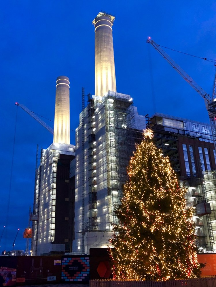 Battersea Power Station: towers