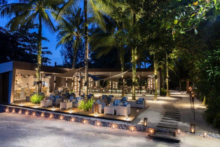 The Sarojin: bar and restaurant