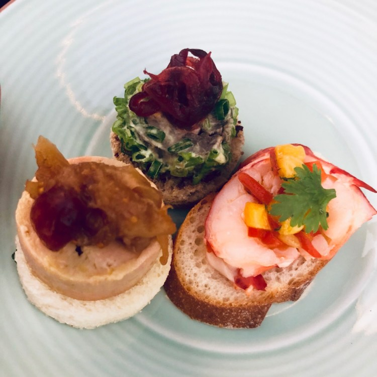 The Peninsula: canapés