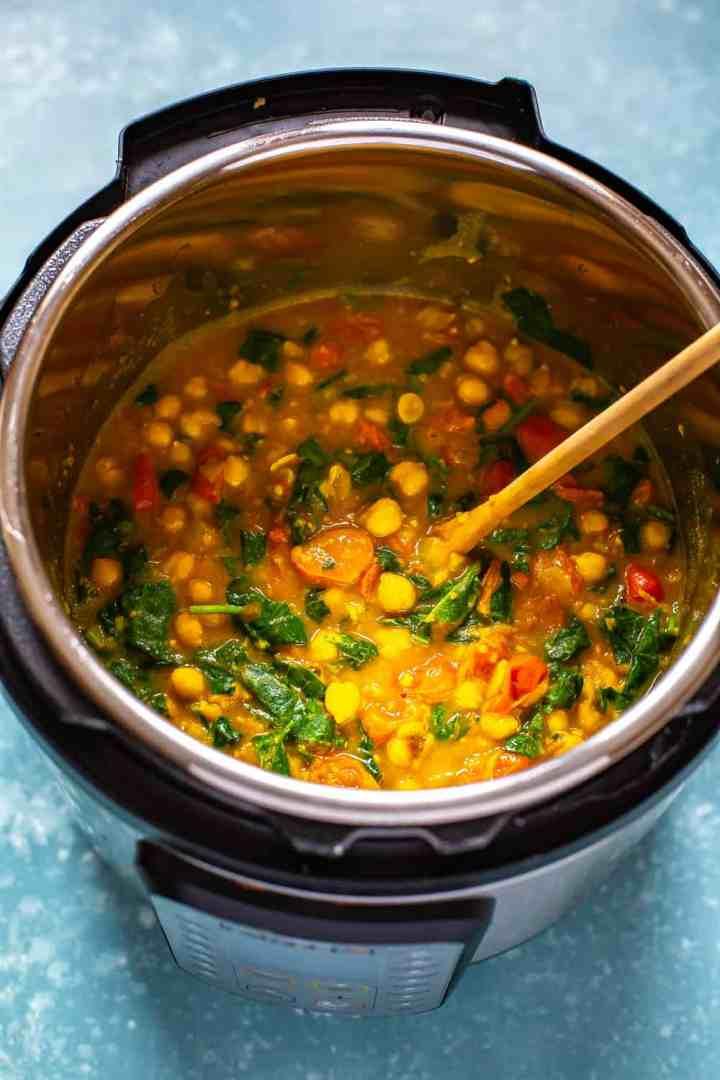 Ninja Foodi  chickpea and spinach stew