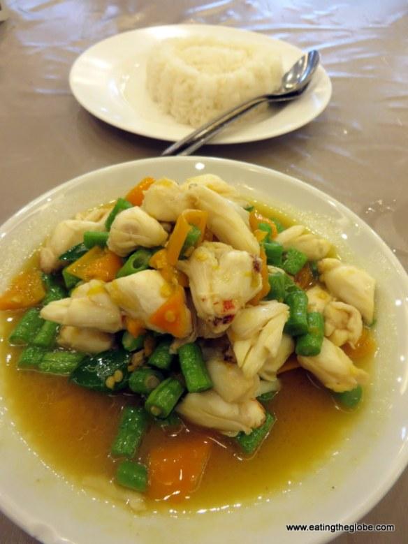 Krua Apsorn Bangkok food crab curry