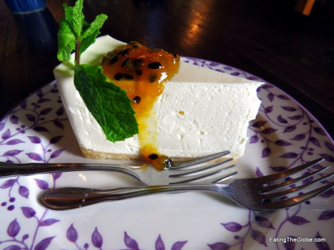 Chiang Mai restaurants Chiang Mai Cafe Dindee cheesecake