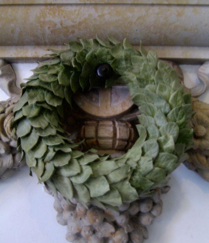 Laurel Wreath 1200p