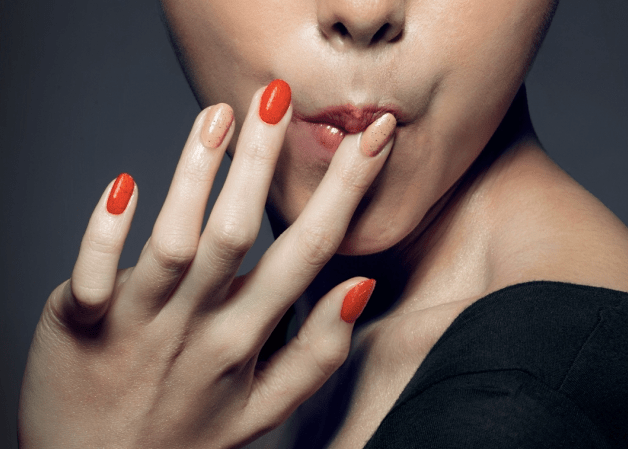 Flavoured nail polish and the cosmetics to eat