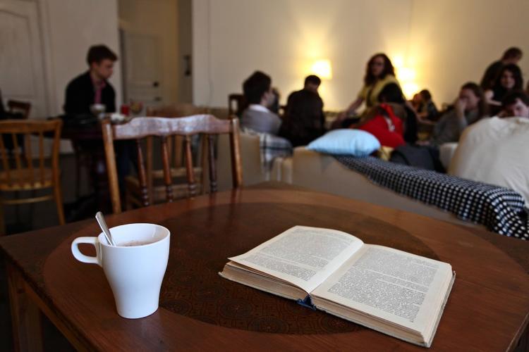 """Anti-café: o """"anti-movimento"""" está ganhando o mundo"""