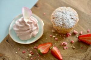 Erdbeer-Muffin mit Espuma