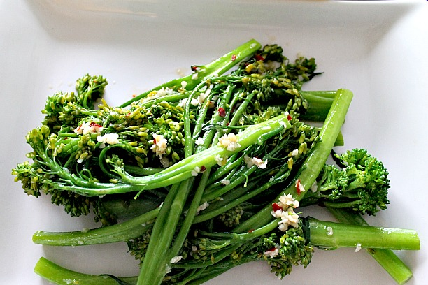 Chili Garlic Broccolini 1