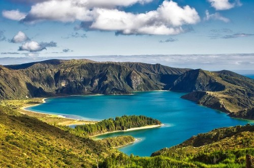 Antohny Bourdain in the Azores Hero