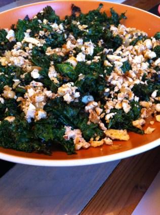 roasted kale & scrambled tofu salad
