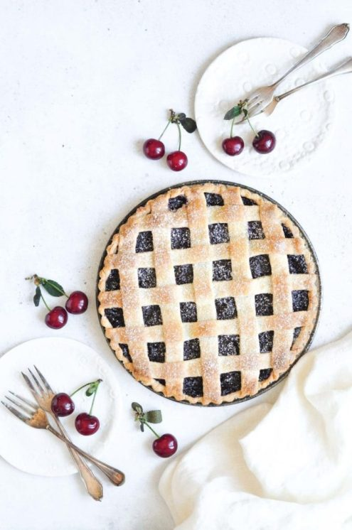 cherry pie with lattice pie crust with fresh cherries
