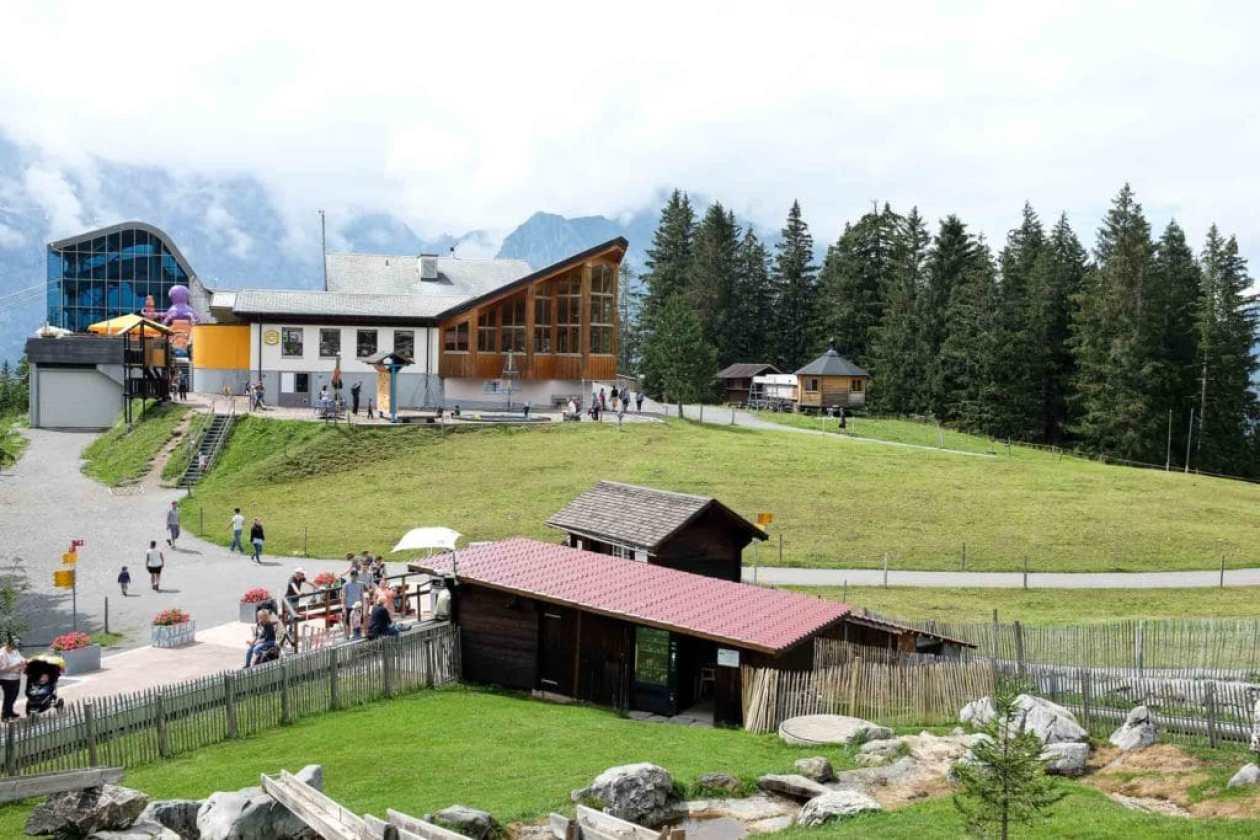view of berglodge restaurant ristis in engelberg