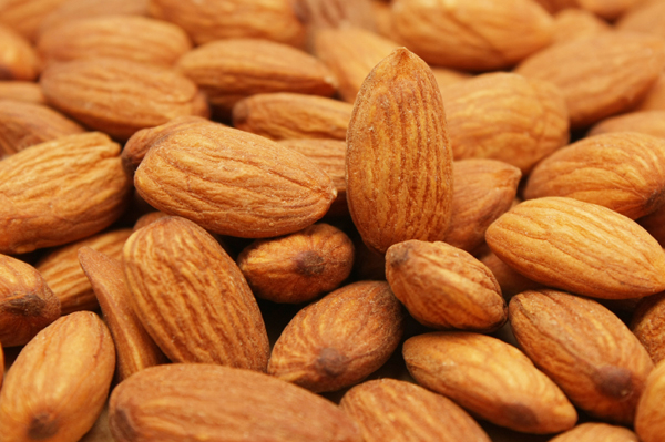mood boosting food almonds