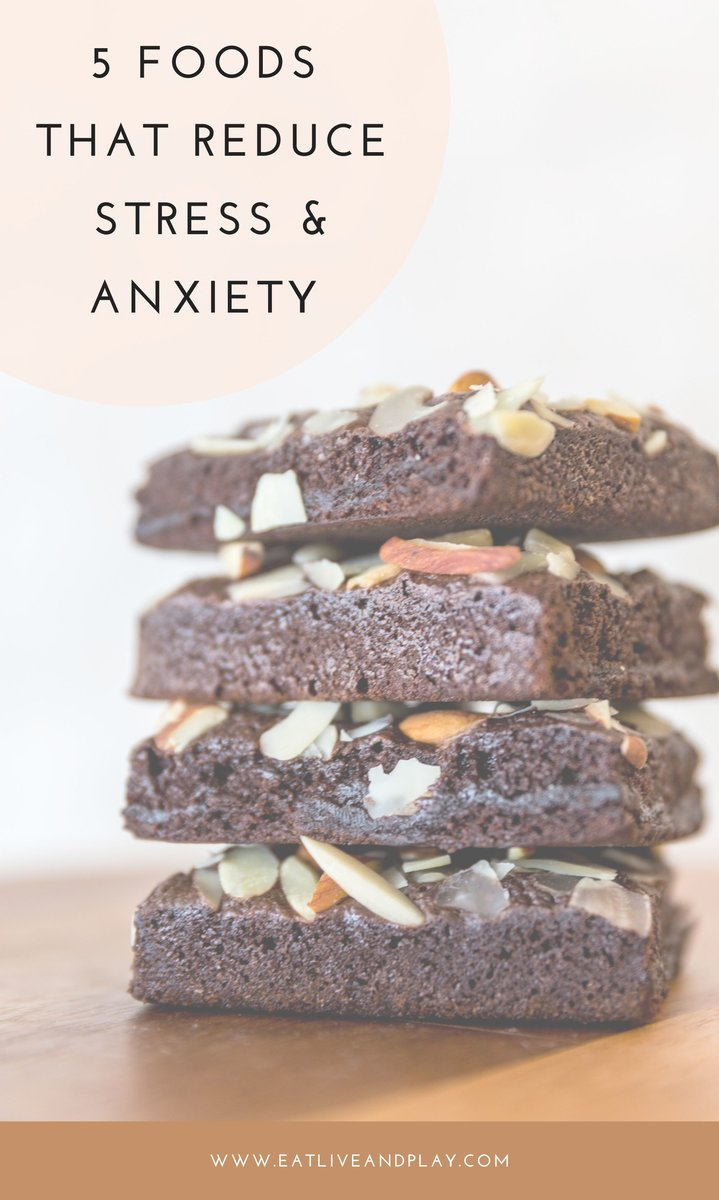 Up to 80% of all doctors visits are thought to be related to stress. Stress can have devastating long-term consequences for your health. Here are 5 of the best foods to help you ease stress and anxiety.