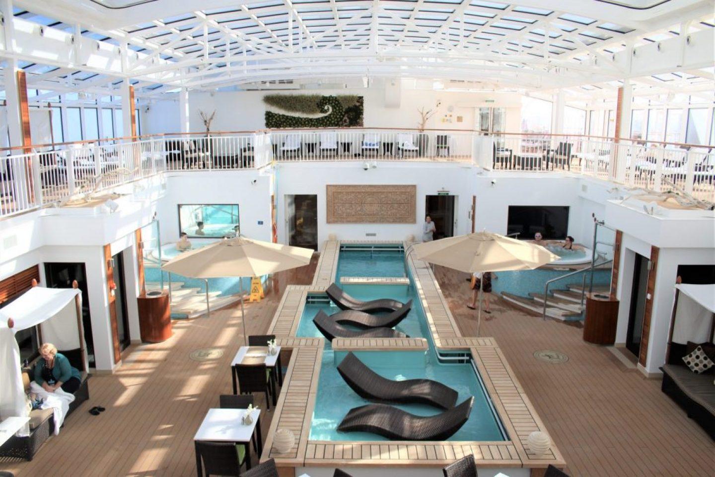 Norwegian Cruise Haven Pool - Norwegian Breakaway