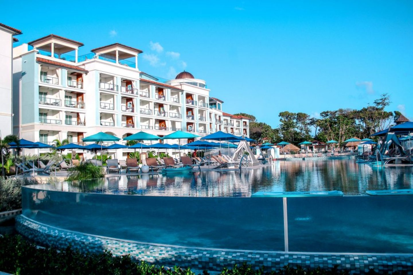 Sandals Royal Barbados is the newest all suite resort in the Sandals chain and the luxury vacation YOU deserve!