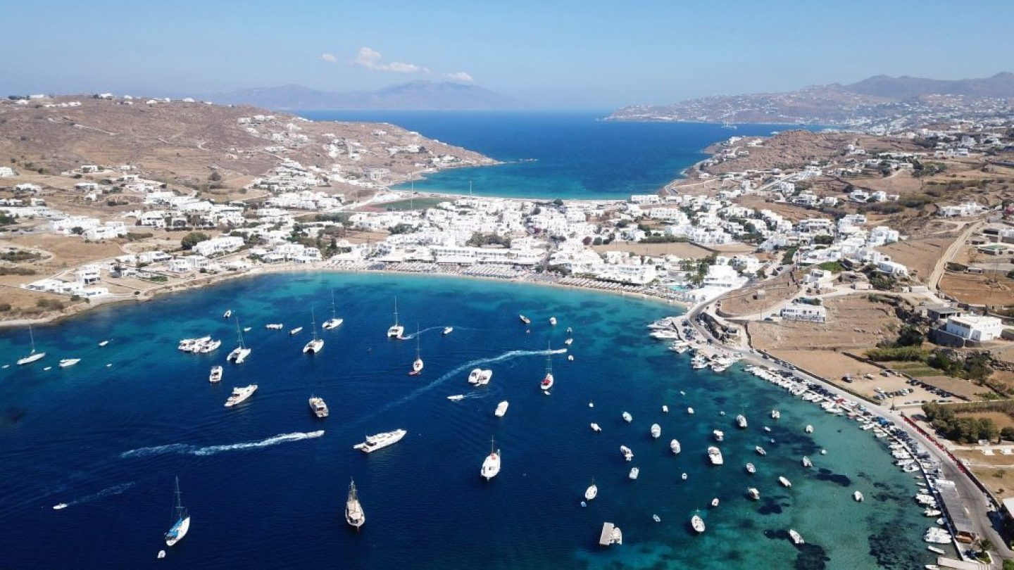 These are the very BEST beaches in Mykonos. Ornos Beach in Mykonos is a MUST!
