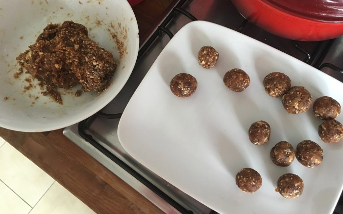 date balls and mixture