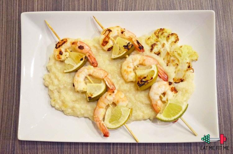 risotto-cytrynowe-z-kalafiorem-krewetkami-szaszlyki-limonka-cytrynowa-kolacja-z-grillaas
