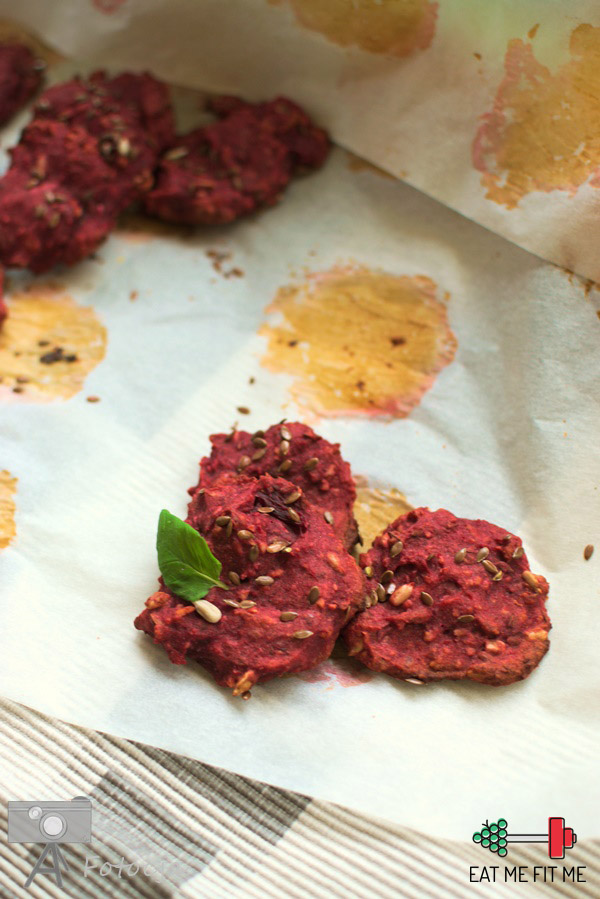 przepis-na-zdrowe-ciasteczka-buraczane-mąka-jaglana-blog-eatmefitme4