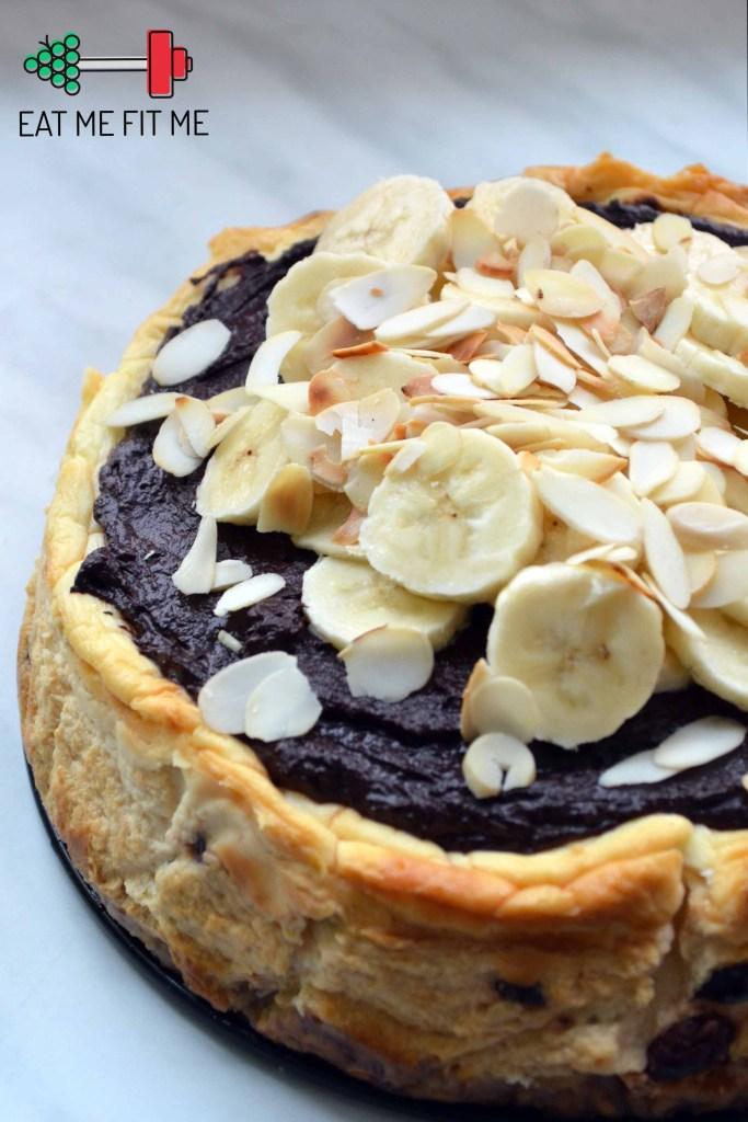przepis-ciasto-bez-cukru-bez-maki-dietetyczny-sernik-zdrowa-czekoladowa-polewa-daktyle-zurawina-banan2
