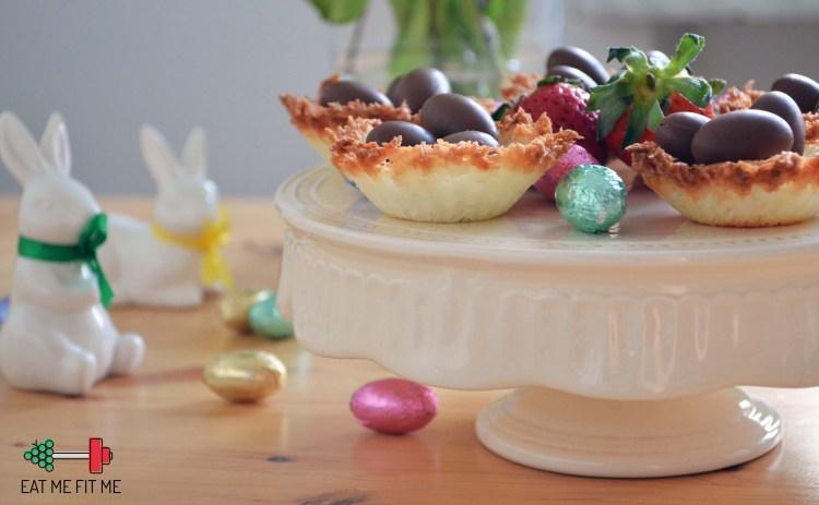 kokosowe-gniazdka-z-kokosowym-kremem-i-czekoladowymi-jajeczkami-pomysl-na-szybki-bezglutenowy-deser-wielkanoc-eatmefitme-blog-3