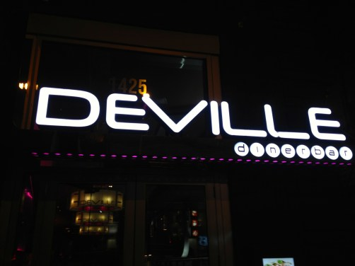 L'enseigne Deville dinerbar