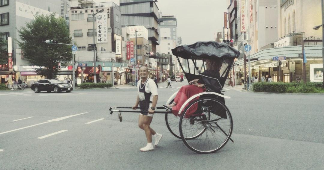 Un pousse-pousse à Asakusa