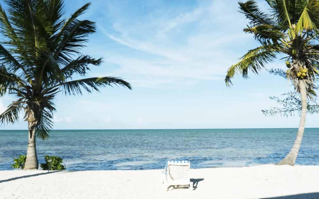 Andros : île robinson et trous bleus aux Bahamas