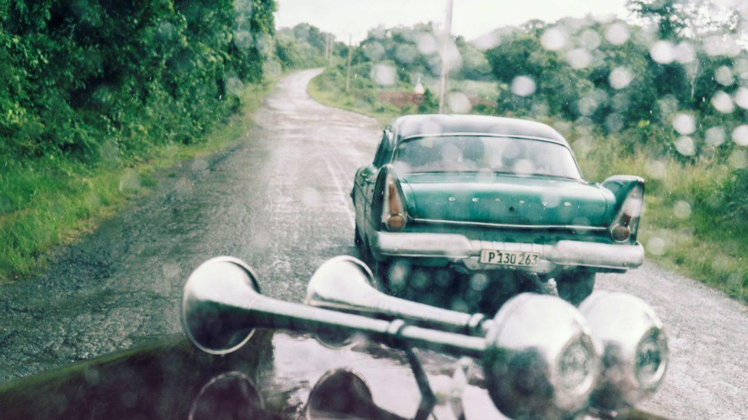 La pluie sur la route vers Cayo Jutias
