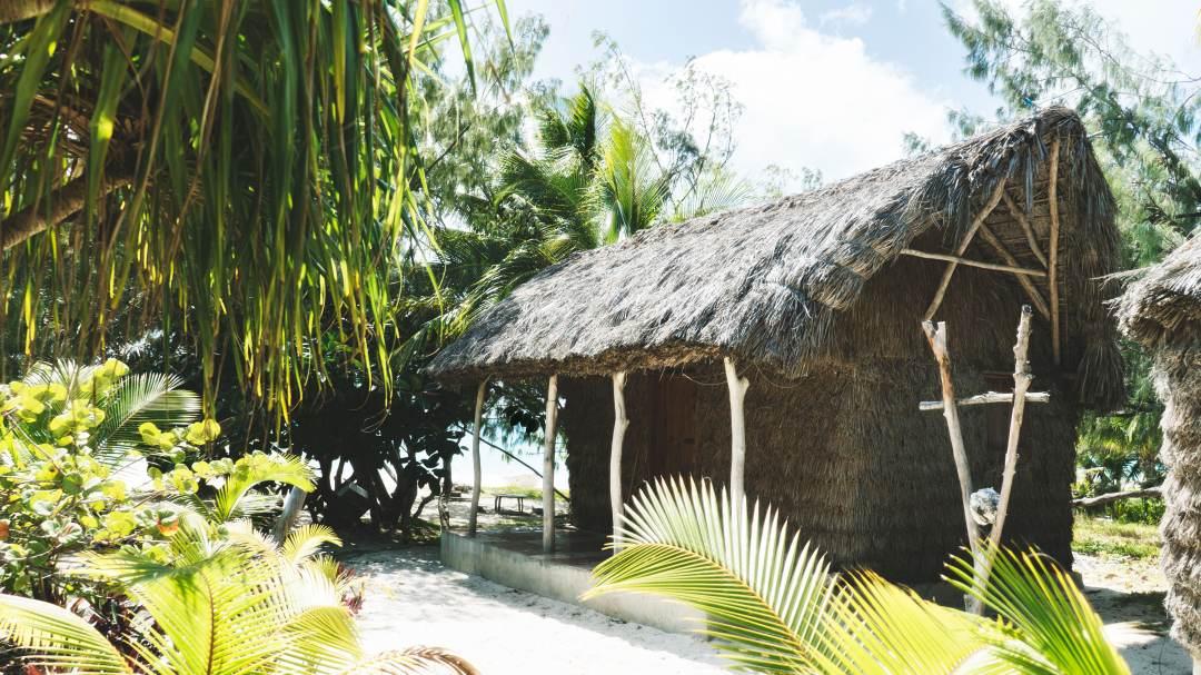notre bungallow en tribu chez moagué