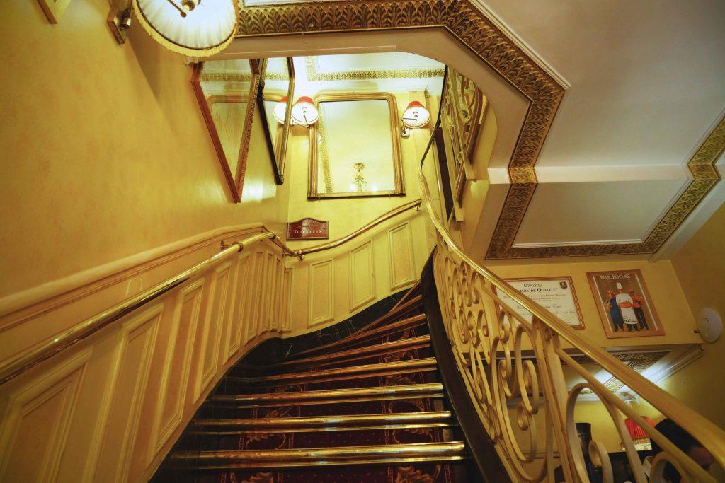 escaliers noces de jeannette