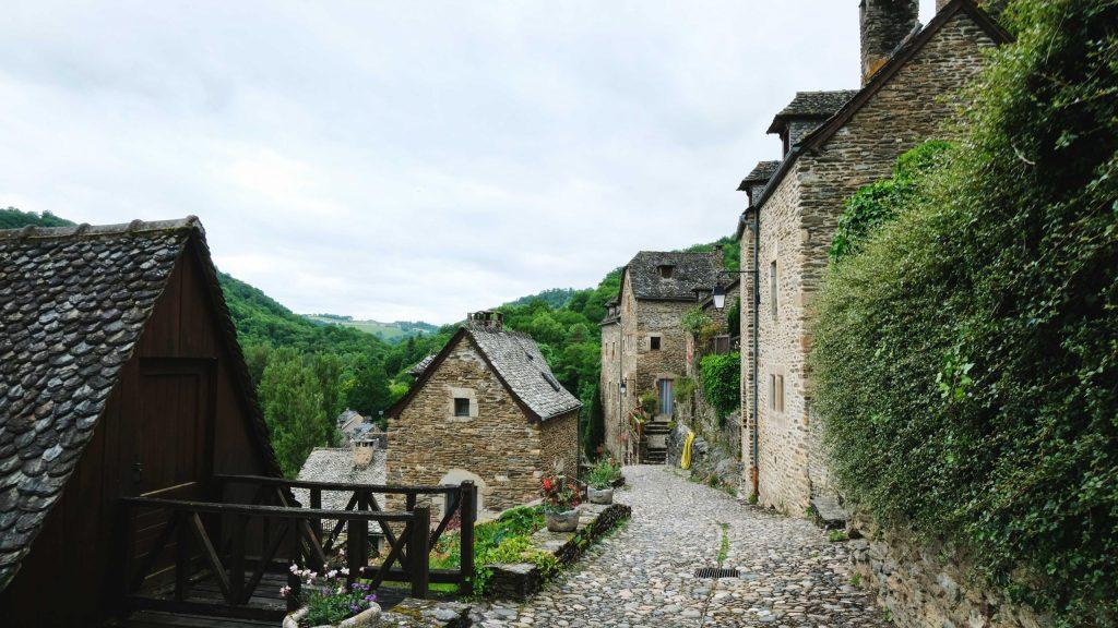 rues du village de belcastel