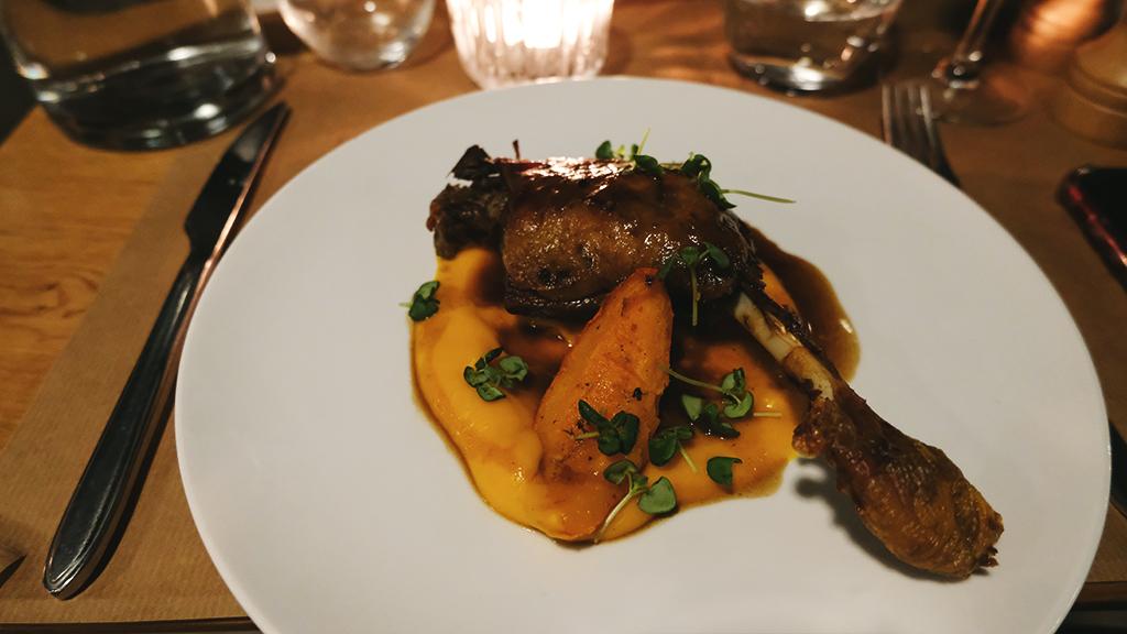 Cuisse de canard au restaurant Pollop