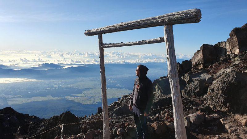 Rayan au sommet du mont fuji